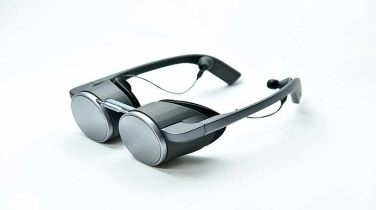 Компактные VR-очки от Panasonic с поддержкой HDR