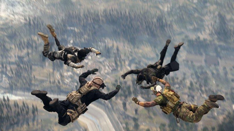 Отряд в Warzone уничтожил больше 80 процентов игроков